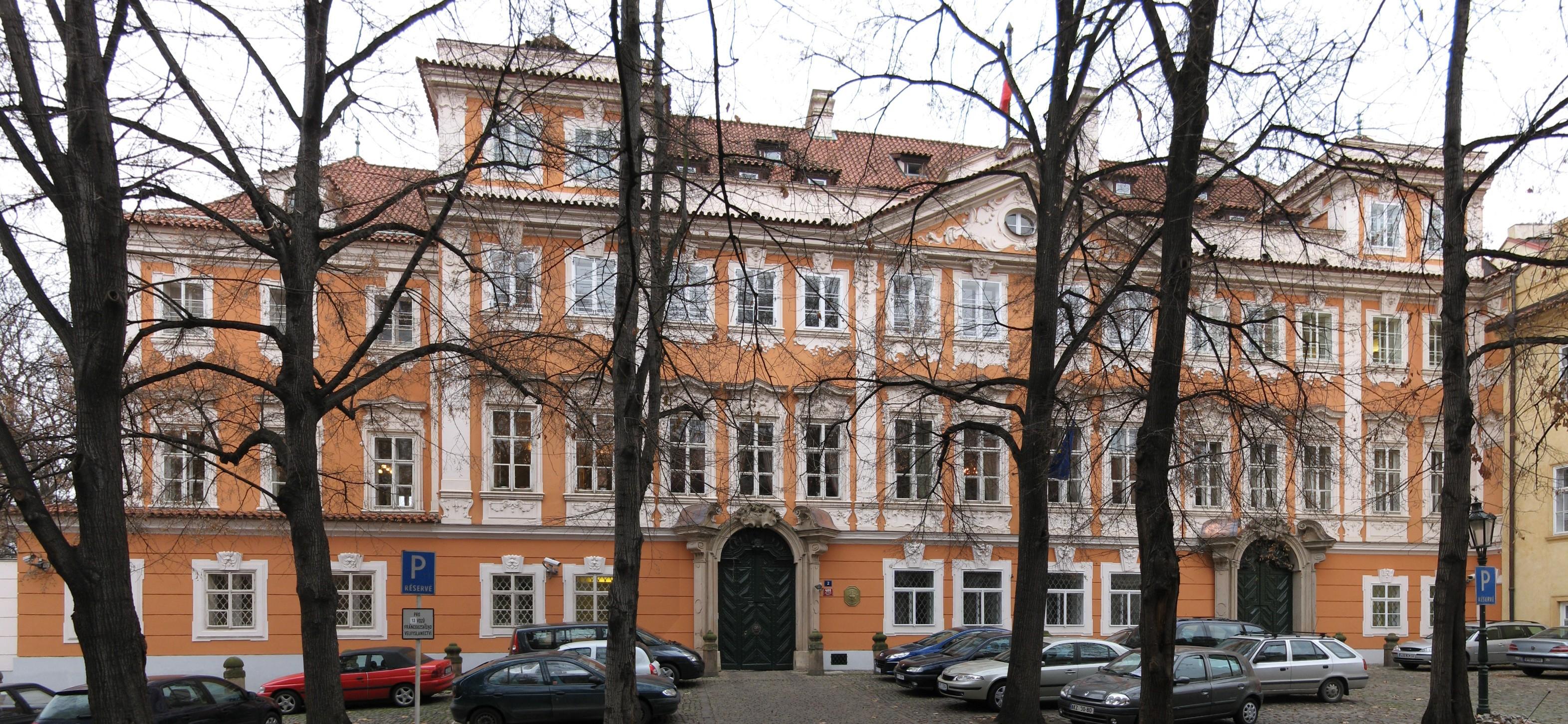Traduction tchèque français ambassade